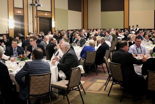 banquet crowd